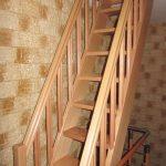 Scara economica fag cu balustrada pe ambele parti