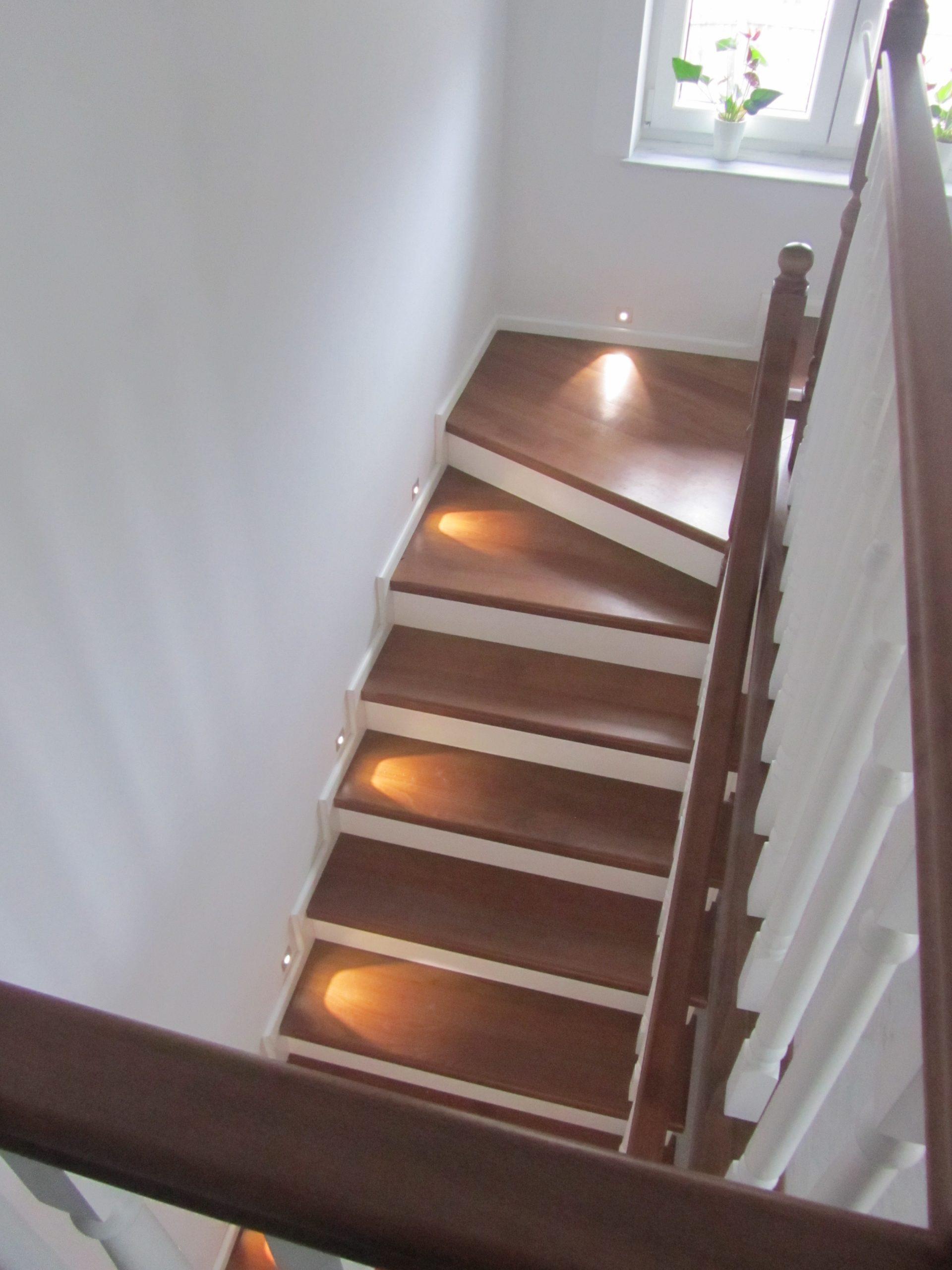 Placare scara cu lemn de fag - Placari beton sau metal