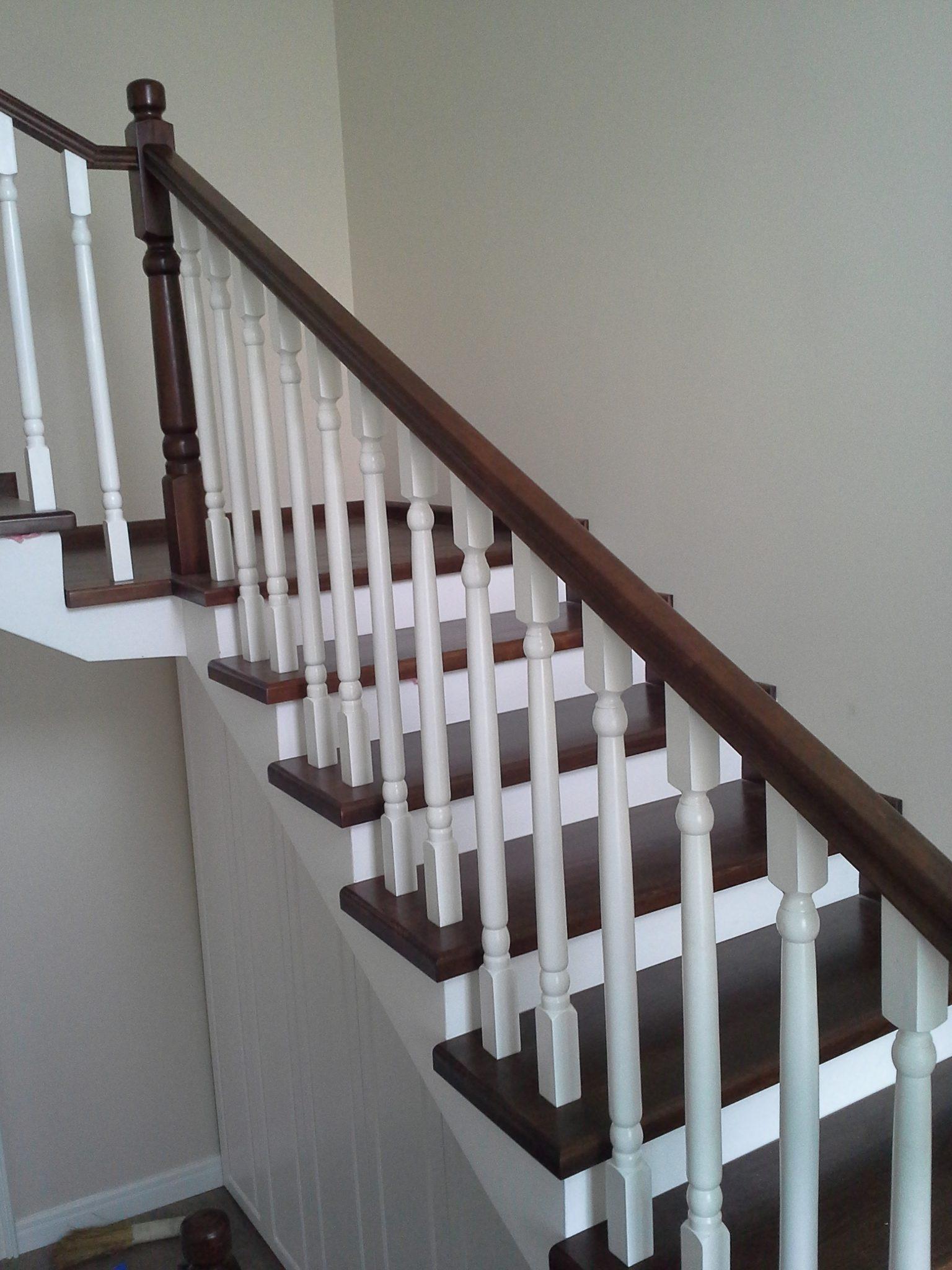 Scara culoare nuc, fara contratrepte - Placari beton sau metal